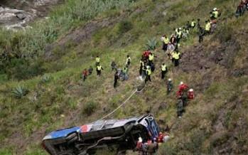 13 MUERTOS EN ACCIDENTE EN ECUADOR