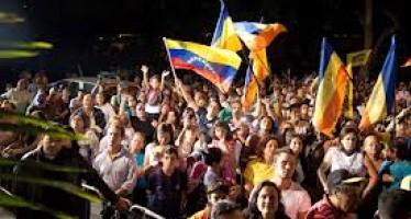 CAPRILES GANA EN VENEZUELA