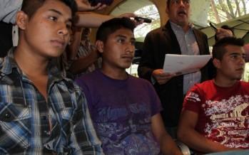 Aeroméxico impide viajar a 7 indígenas