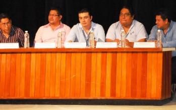 """Se realiza la Conferencia """"Reforma Fiscal 214"""" en la UNACAR"""
