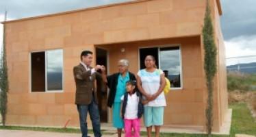 Oaxaca se suma al programa de crédito para empleados estatales del Infonavit
