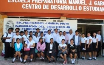 Constata rector inicio de cursos en preparatoria de UNACAR Campus Sabancuy