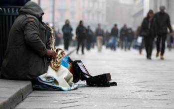 Alcanza la UE niveles récords en desempleo y pobreza