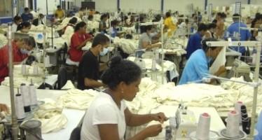 Desciende productividad laboral de los mexicanos en 2013 según cifras del INEGI