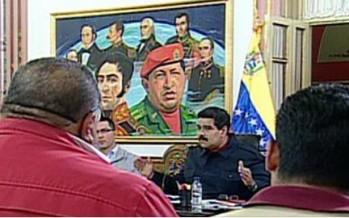 Gobierno venezolano aumenta salario mínimo y pensiones en 30%