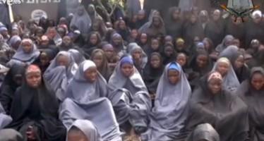 Video de Boko Haram muestra a las niñas secuestradas