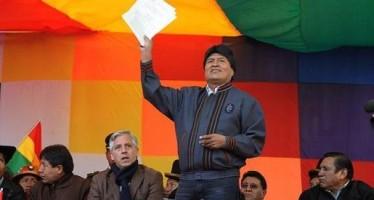 Ahora es Evo Morales quién sube 20% el salario del pueblo boliviano.