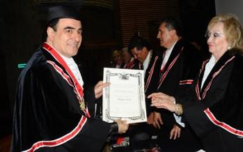Ingresa Mouris Salloum George a Legión de Honor de México