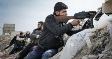 Rebeldes sirios ejecutan a 14 personas, entre mujeres y niños