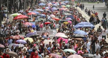 Marcha de la CNTE llega a la Secretaría de Gobernación