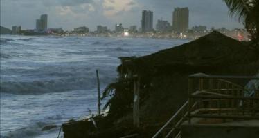''Las paredes se estremecían y los techos volaban'', narran damnificados en BCS