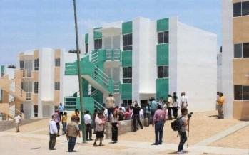 Juan Ernesto Millán, secretario de Desarrollo Social de Sinaloa, alcanzó un acuerdo con el Infonavit para proveer de casas a desplazados