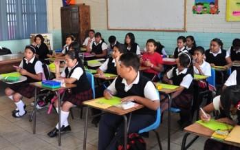 Sujetos asaltan primaria en Ecatepec; roban tabletas electrónicas