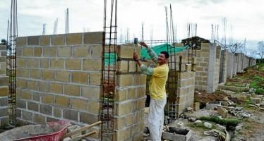 Infonavit reubicará viviendas en BCS tras paso de 'Odile'