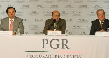 Familiares y normalistas rompen con PGR; exigen hablar con EPN