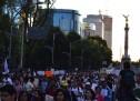 Miles marcharon por los 43