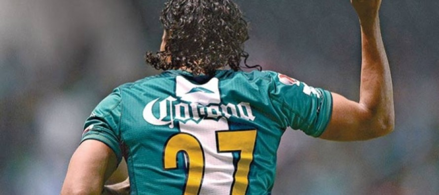 Gullit Peña encabeza la lista de Chivas para reforzarse