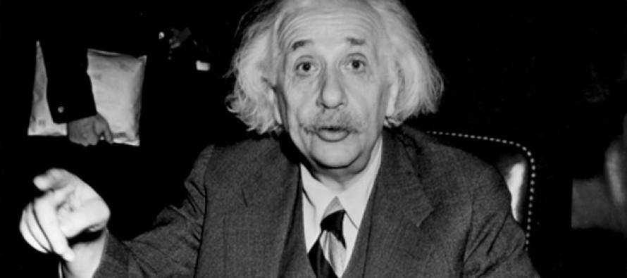 Colocan en la red 80,000 documentos de Einstein
