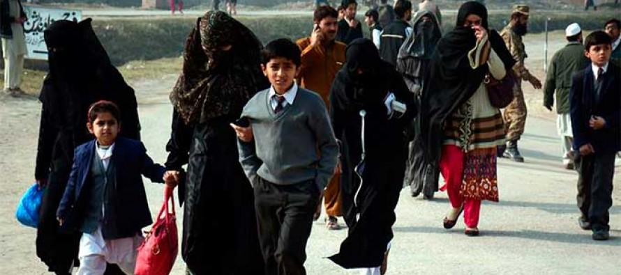Declara Pakistán tres días de duelo por masacre de 131 personas