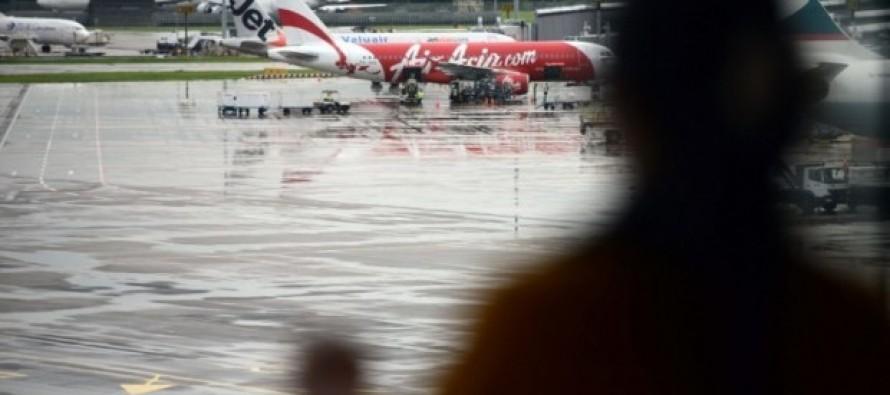 """""""En el fondo del mar"""" estaría avión de AirAsia desaparecido, reportan autoridades indonesas"""