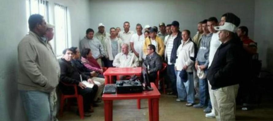 Hipólito Mora podría salir libre en 6 días: abogado