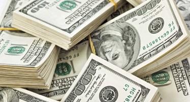 Dólar cierra a 18.85 pesos en bancos
