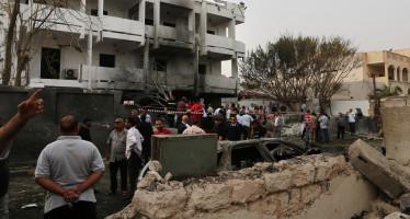 Camión bomba explota en Libia y deja unos 65 muertos