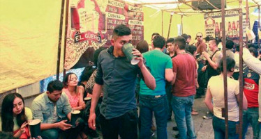 "Realizan operativo para levantar ""chelerías ambulantes"" en La Lagunilla"