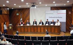 Conferencia de prensa en el Instituto Nacional de  Nutrición