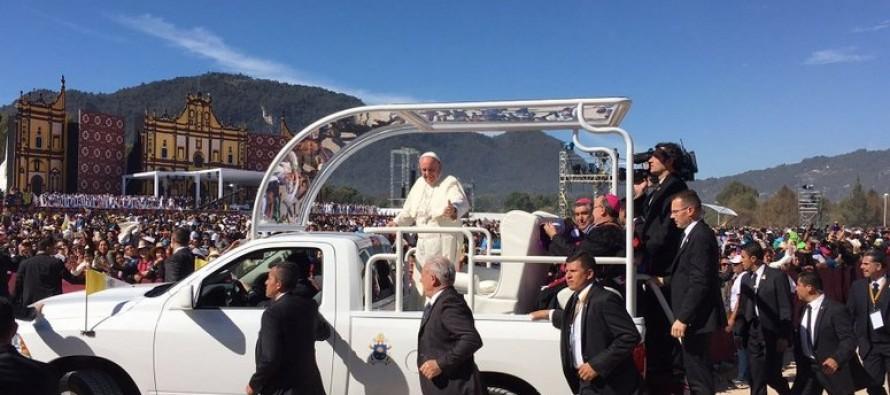 Pedir perdón a las excluidas comunidades indígenas, instó el Papa en Chiapas
