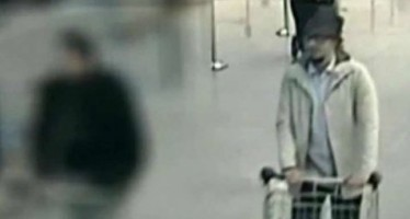 Difunden video del presunto tercer terrorista en el atentado de Bruselas