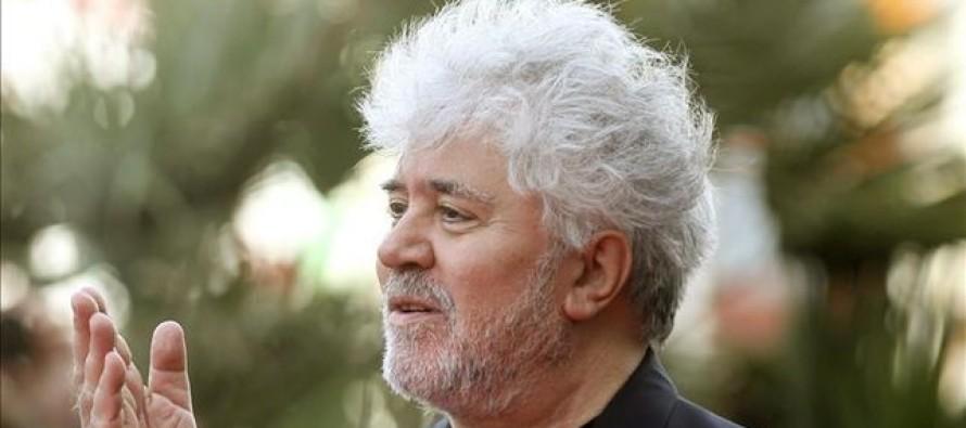 Por su inclusión en los Papeles de Panamá, Pedro Almodóvar cancela entrevistas y compromisos