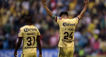 América derrota 2-1 a las Chivas y avanza a semifinales