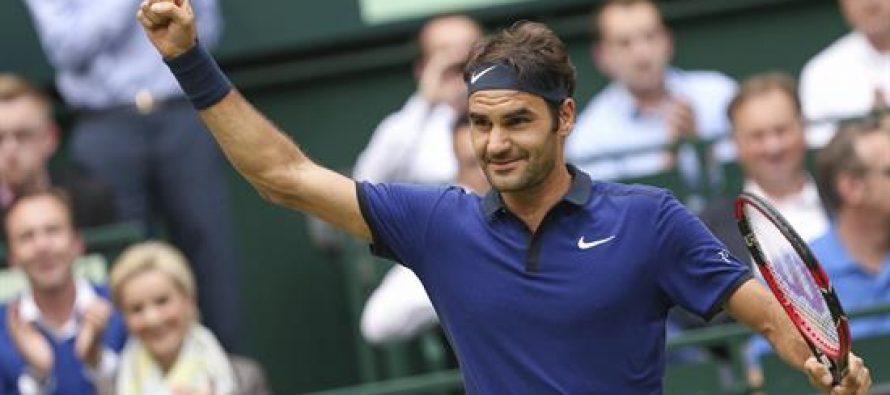 Federer llega a semifinales en Abierto de tenis de Halle