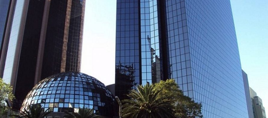 Bolsa Mexicana termina su jornada ganando 0.98 por ciento