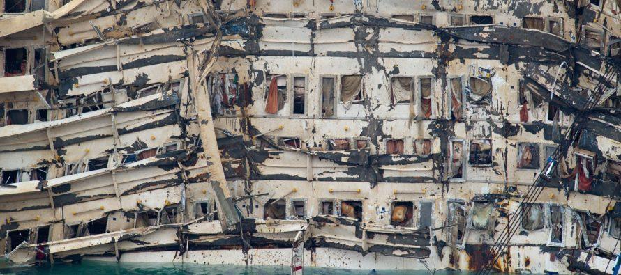 Ex capitán de crucero es sentenciado a 16 años de prisión por naufragio