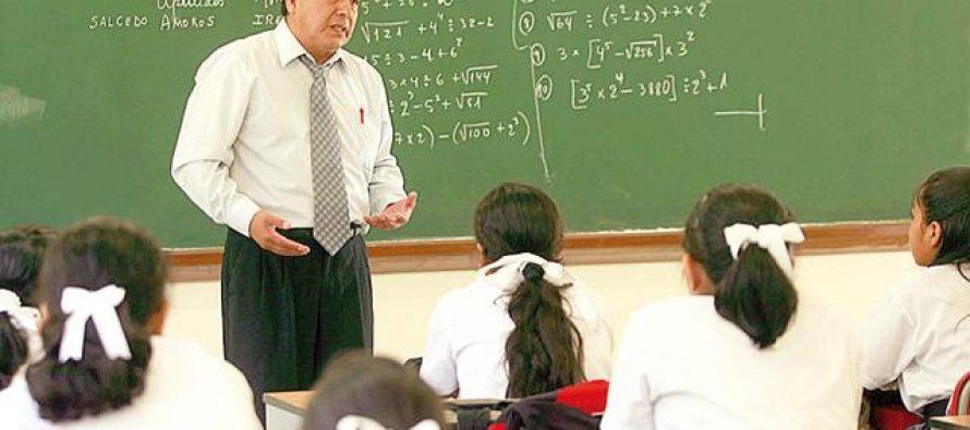 Liberan los cheques de pago a maestros de Michoacán