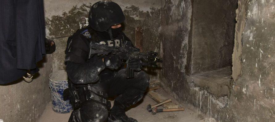 Hallan túnel en casa de la colonia Condesa; era ocupada por la Asamblea de Barrios