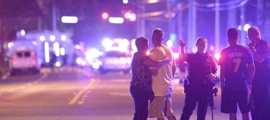 Tiroteo homofóbico en Orlando causa 50 muertos; el peor ataque de su historia