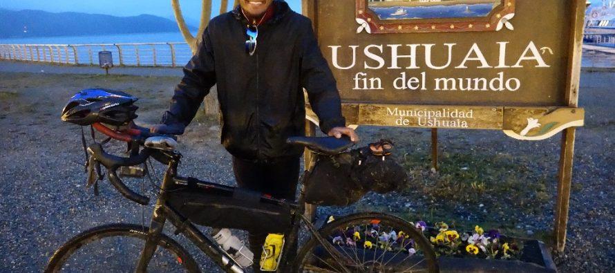 Ciclista mexicano impone récord Guinness al recorrer América en bicicleta