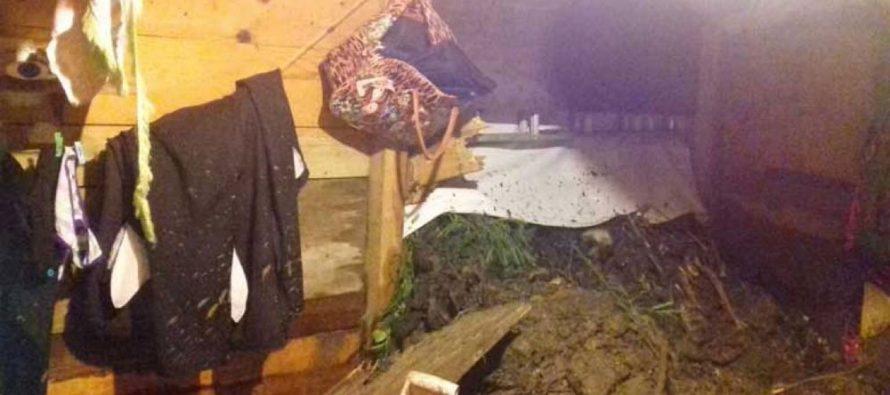 Deslave por lluvias causa dos muertes en Acapulco
