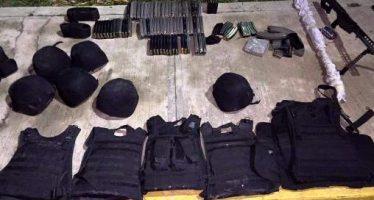 Policía federal asegura armas en la carretera Ciudad Victoria-Monterrey