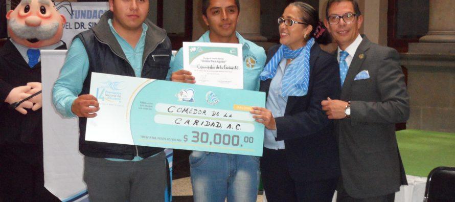 Fundación del Doctor Simi entregó premios por labor altruista
