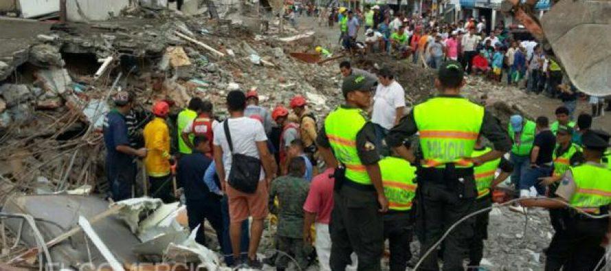 Dos sismos sacuden a Esmeraldas, Ecuador; hay más de 700 muertos