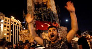 Fuerzas militares anuncian la toma del poder en Turquía