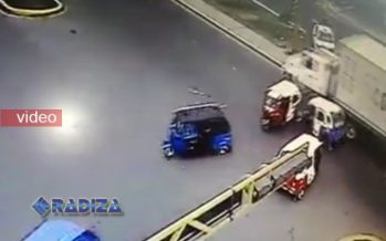 Tráiler sin frenos embiste a varios mototaxis y causa un muerto
