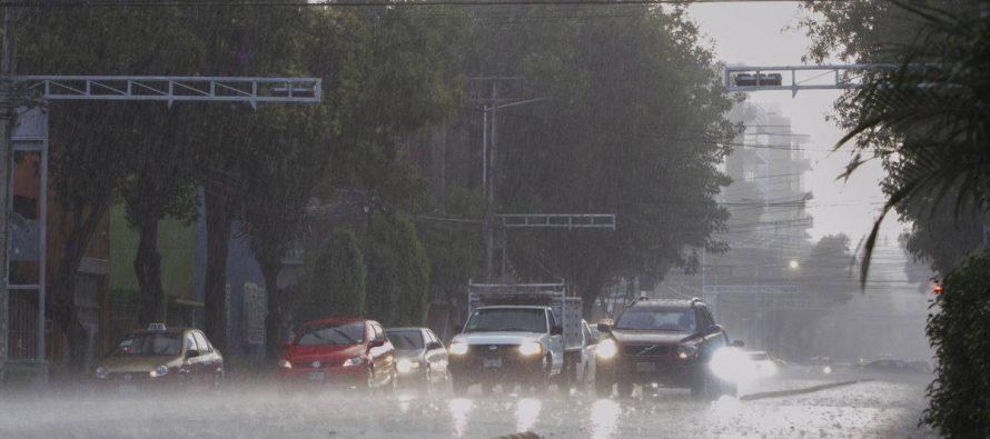 Prevén lluvias fuertes en el Valle de México