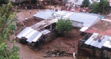Hay 50 muertos por efecto de la tormenta Earl en Puebla, Veracruz e Hidalgo