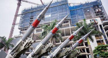 Vietnam despliega lanzacohetes y crece la tensión en el Mar del Sur de China