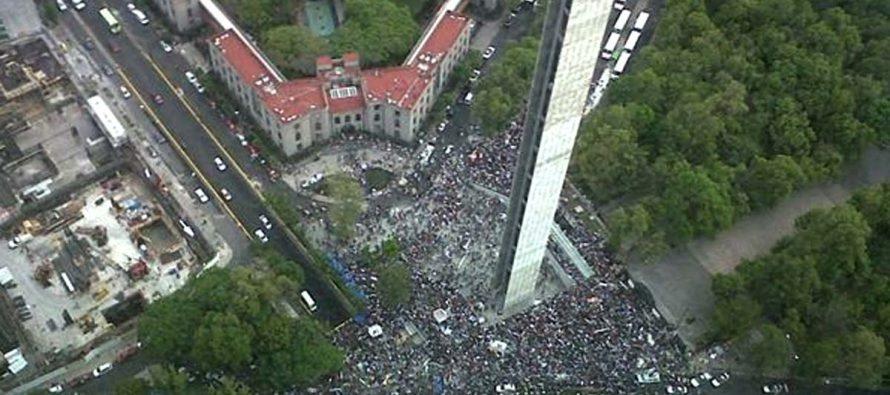 Organizaciones sociales denuncian la venta de espacios públicos en la CDMX